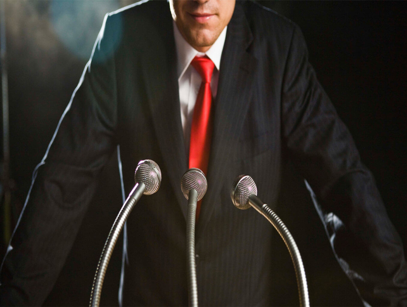 Жесты и мимика оратора