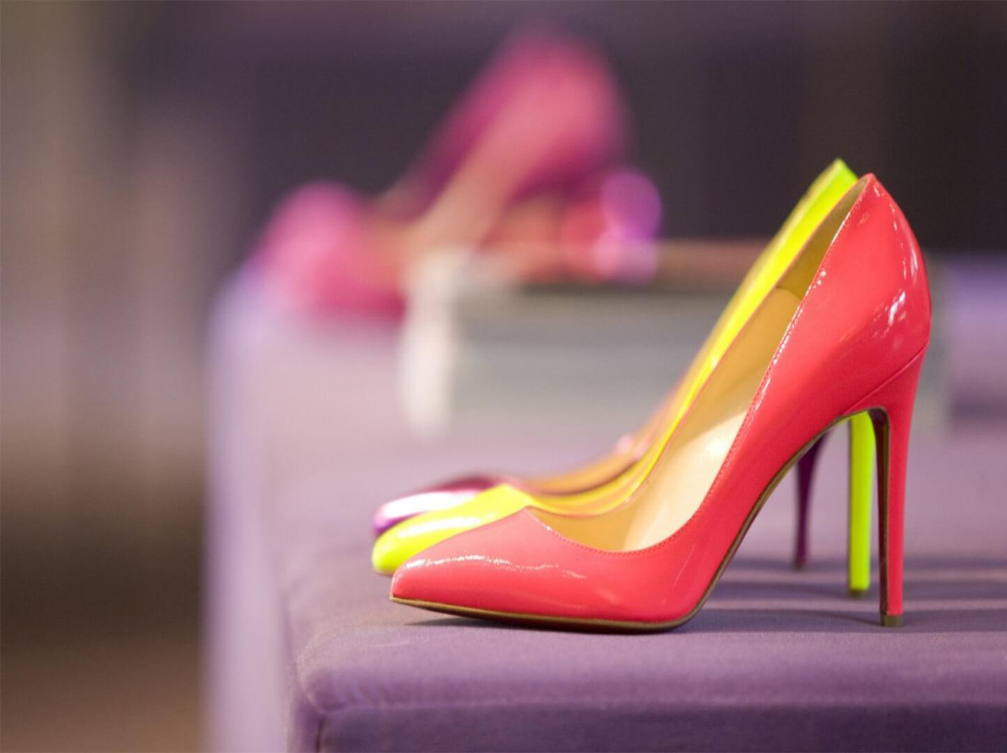 Как правильно презентовать обувь покупателю