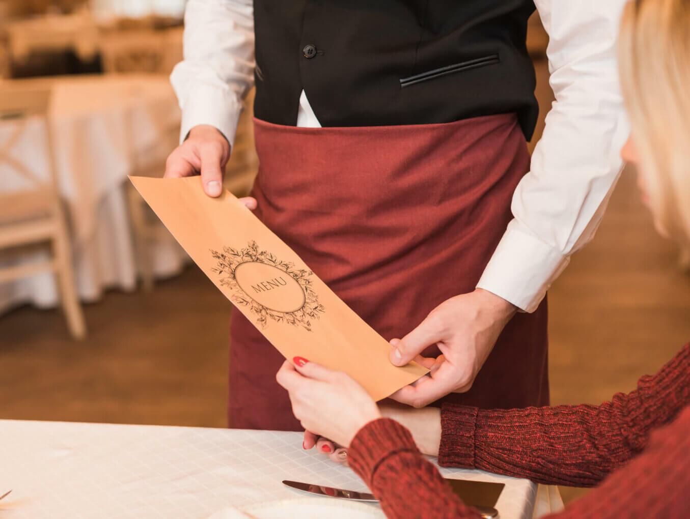 5 причин, почему официанты не продают